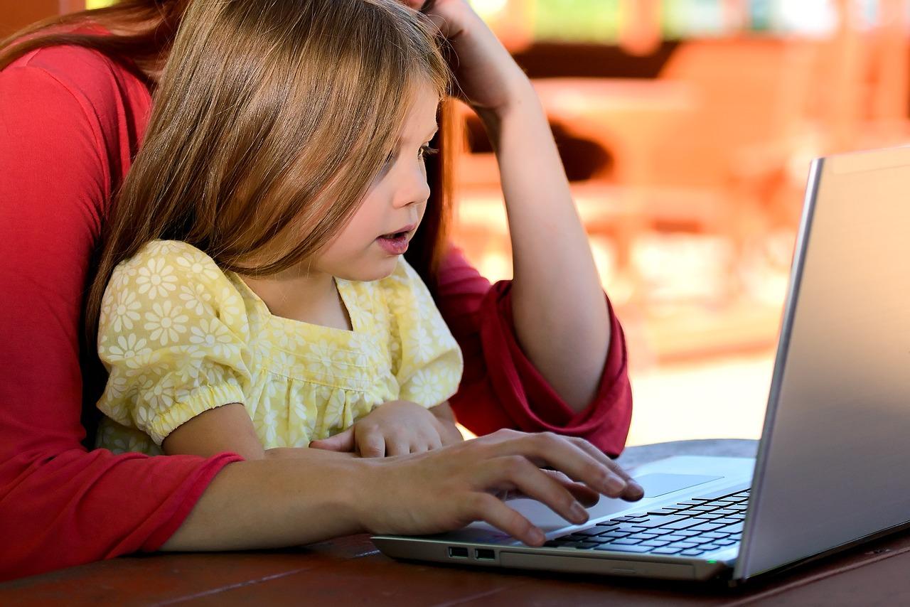 barn och datorer